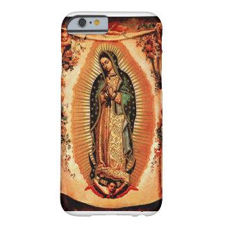 Nuestra señora de la cubierta de Guadalupe Funda De iPhone 6 Barely There