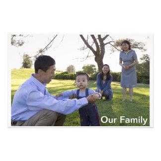 Nuestra tarjeta inmóvil de la familia papeleria