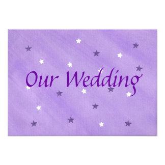 Nuestras estrellas de las invitaciones, púrpuras y anuncios personalizados