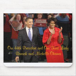 Nuestro 44.o presidente y nuestra primera señora tapetes de ratón
