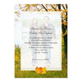 Nuestro árbol en la invitación del boda de la foto