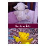Nuestro bebé de la primavera carda nacimiento de l felicitación