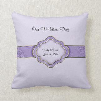 Nuestro día de boda (lila) cojin