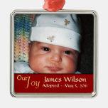 Nuestro ornamento de la adopción de la alegría adorno de navidad