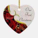 Nuestro primer damasco del navidad adorno