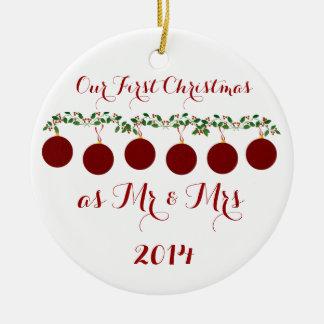 Nuestro primer navidad junto adorno redondo de cerámica