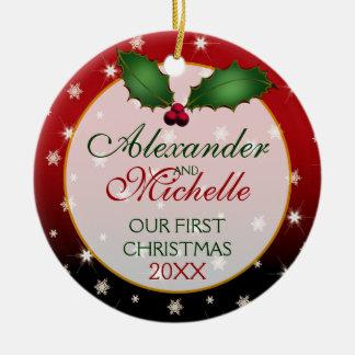 Nuestro primer navidad que casa el ornamento adorno navideño redondo de cerámica