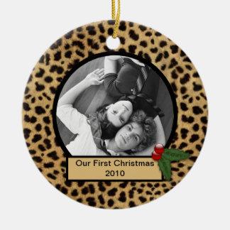 Nuestro primer ornamento del estampado leopardo de adorno