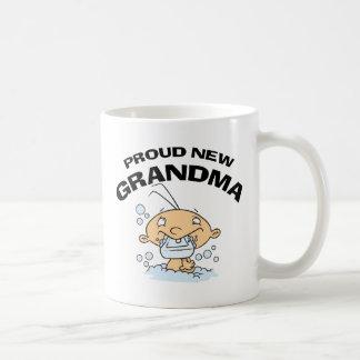 Nueva abuela orgullosa taza