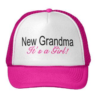 Nueva abuela su un chica gorro