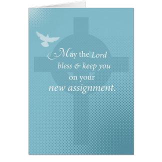 Nueva asignación de 3768 sacerdotes, alcohol en tarjeta de felicitación