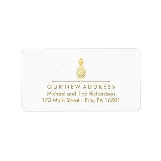 Nueva dirección con la piña del oro etiquetas de dirección