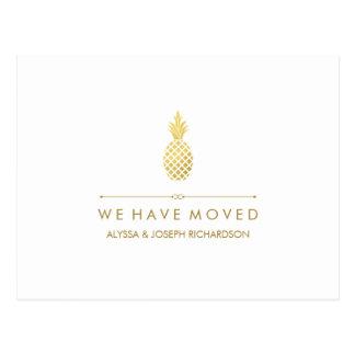 Nueva dirección con la piña elegante del oro postal