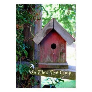 Nueva dirección del Birdhouse rojo Tarjetas De Negocios