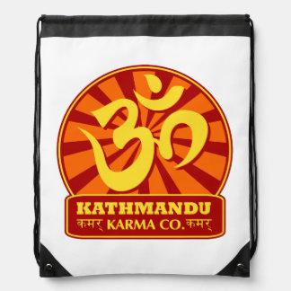 Nueva edad de Katmandu y símbolo budista de OM Mochilas