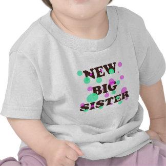Nueva hermana grande camisetas