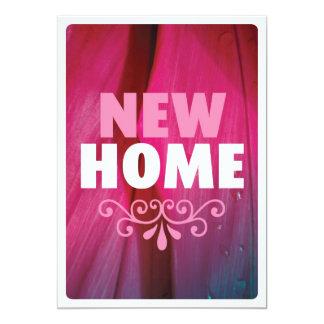 Nueva invitación casera rosada linda del estreno