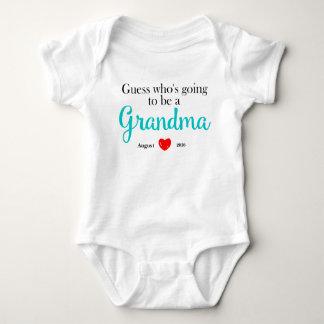 Nueva invitación del embarazo de la abuela camisas