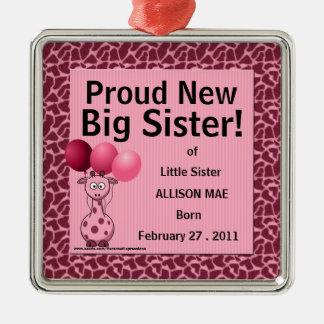 Nueva jirafa orgullosa del rosa de la hermana adorno navideño cuadrado de metal