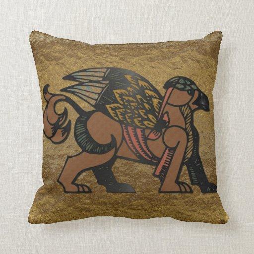 Nueva mitología de la edad de Gryphon Cojín Decorativo
