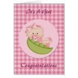 Nueva niña de la enhorabuena en una tarjeta del ro