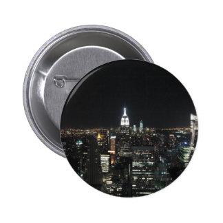 Nueva York Apple grande Manhattan en el regalo de Pin Redondo De 2 Pulgadas
