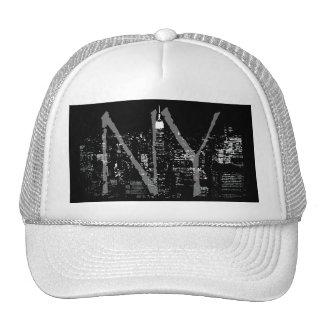 Nueva York capsula los casquillos y los regalos de Gorros Bordados