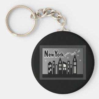 Nueva York--¡Consiguió amarla! Con los edificios l Llavero Redondo Tipo Pin