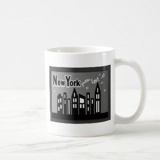 Nueva York--¡Consiguió amarla! Con los edificios l Tazas De Café