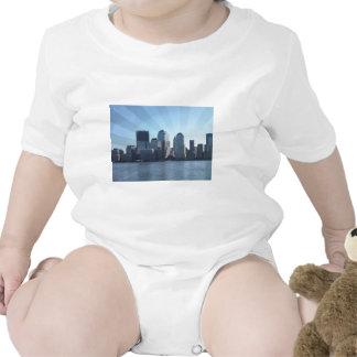 Nueva York, horizonte, suavemente azul Trajes De Bebé