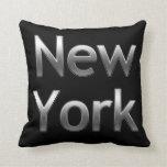 Nueva York industrial - en negro Almohadas