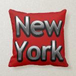 Nueva York industrial - en rojo Almohadas