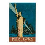 Nueva York: La ciudad de la maravilla del poster Tarjeta Postal