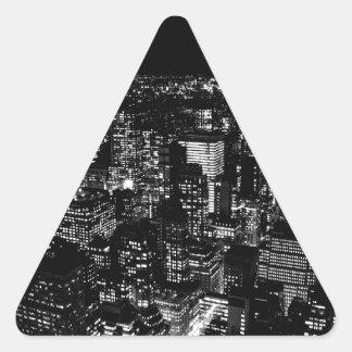Nueva York negra y blanca Pegatina Triangular