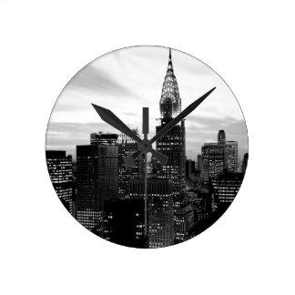 Nueva York negra y blanca Reloj Redondo Mediano