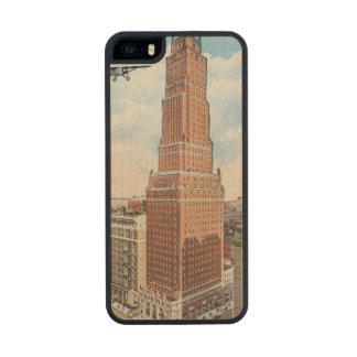 Nueva York: Torre de Ritz Funda De Arce Carved® Para iPhone 5 Slim