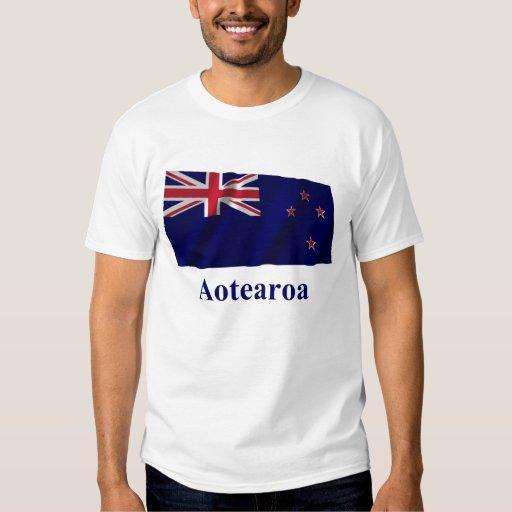 Nueva Zelanda que agita la bandera con nombre en Playera