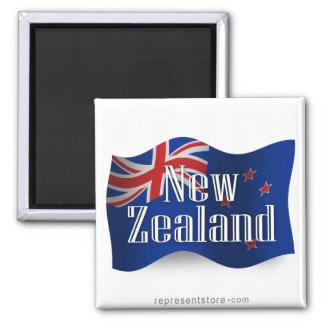 Nueva Zelanda que agita la bandera Imán Cuadrado