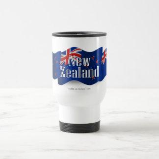 Nueva Zelanda que agita la bandera Taza De Café