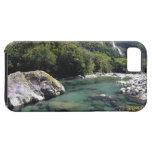 Nueva Zelanda, río de Cleddau por el camino de Mil iPhone 5 Case-Mate Cárcasa