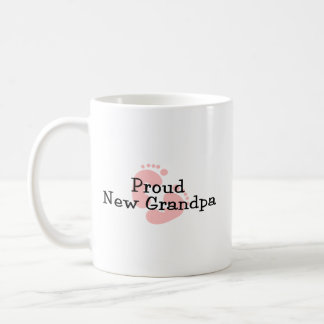 Nuevas huellas orgullosas de la niña del abuelo taza