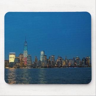 Nuevas luces de la noche de New York City los E.E. Alfombrillas De Raton