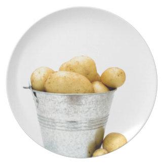 Nuevas patatas orgánicas platos para fiestas