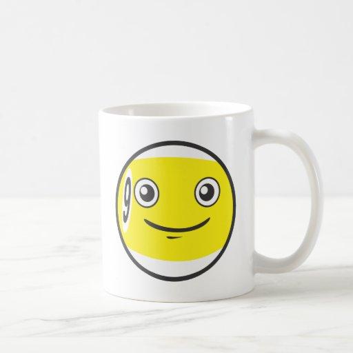 Nueve lindos dibujo animado del billar de 9 bolas tazas de café