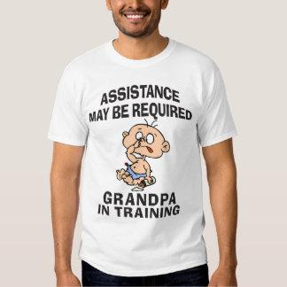 Nuevo abuelo en el entrenamiento playera
