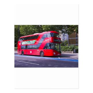 Nuevo autobús del rojo de Londres Postal
