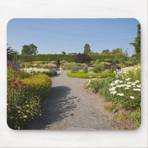 Nuevo Brunswick, Canadá. Jardín de Kingsbrae en el Alfombrillas De Ratón