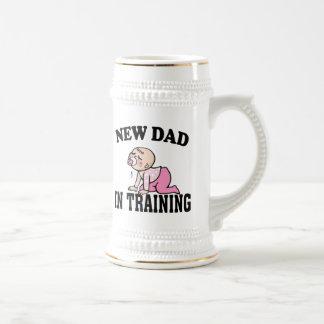 Nuevo chica del papá jarra de cerveza