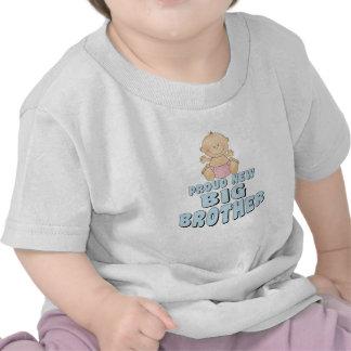 Nuevo chica orgulloso de hermano mayor camisetas