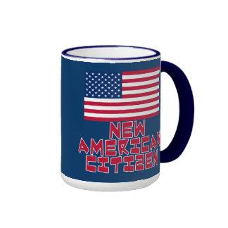 Nuevo ciudadano americano con la bandera americana taza a dos colores